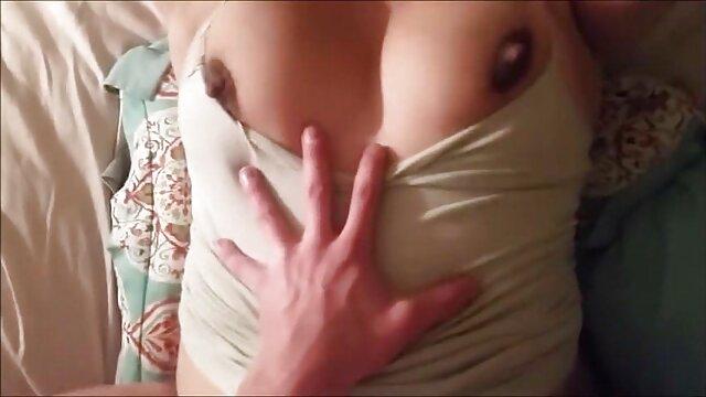 A loira grávida excitada precisa desesperadamente os melhores filmes pornô de 2019 da minha pila.