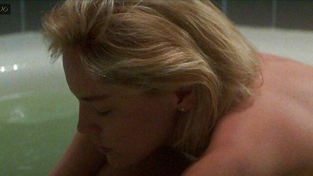 As Lésbicas dos anos os melhores filme pornô das panteras 70 gostam da piscina