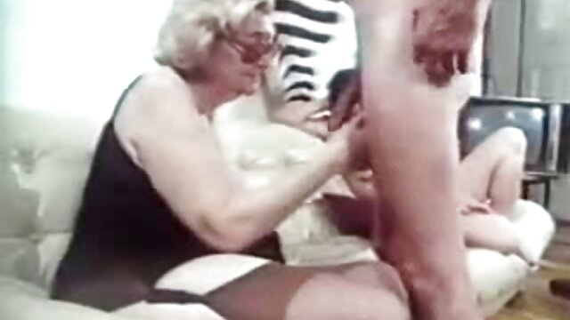 Mulher ninfomaníaca com os melhores filmes de pornografia múltiplos estranhos tabu puro